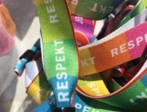 Projektet På samma linje delade respekt budskapet under Stafettkarnevalen